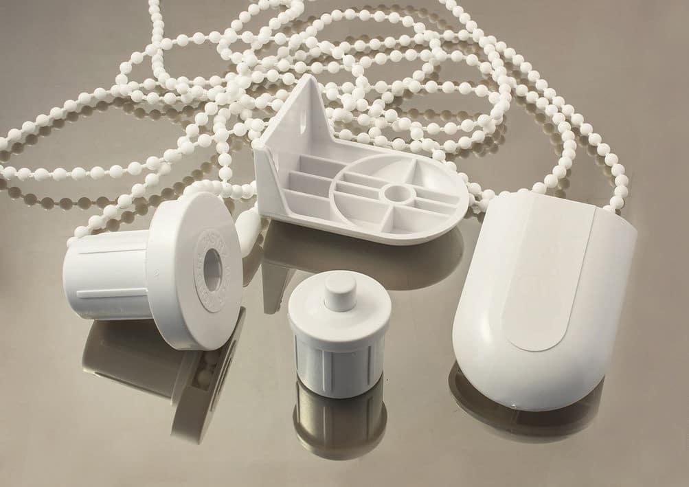 Какие понадобятся материалы и инструменты для изготовления рулонных штор