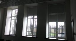 рулонные шторы для производственной компании