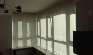 свободновисящие рулонные шторы