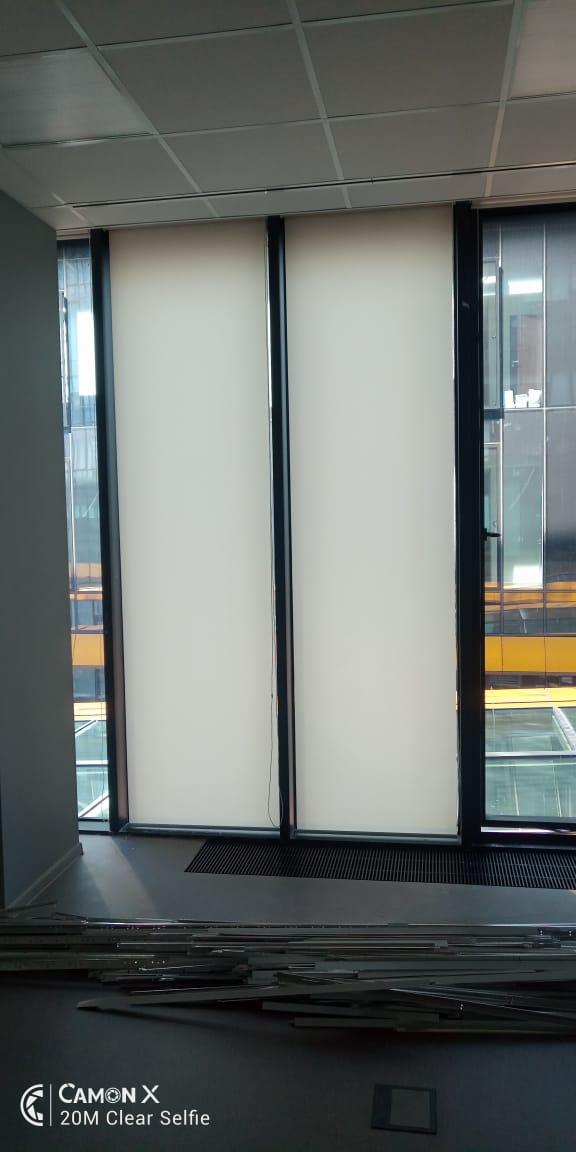 Рулонные шторы на панорамные окна