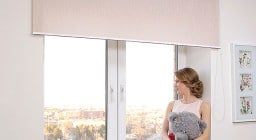 Как установить рулонные шторы? А также их виды, конструктивные особенности, преимущества использования в интерьере