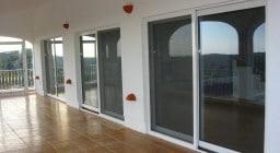 Москитные сетки на балкон