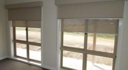 Прозрачные рулонные шторы