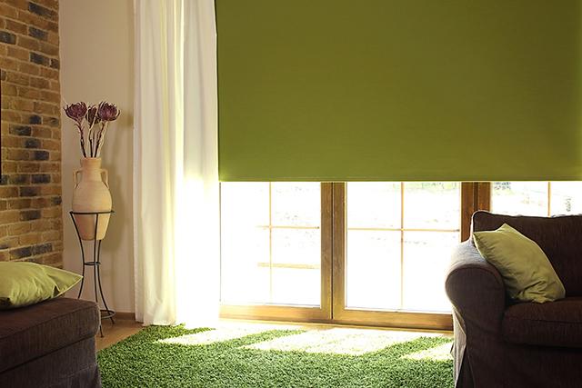 Рулонные шторы на деревянные окна