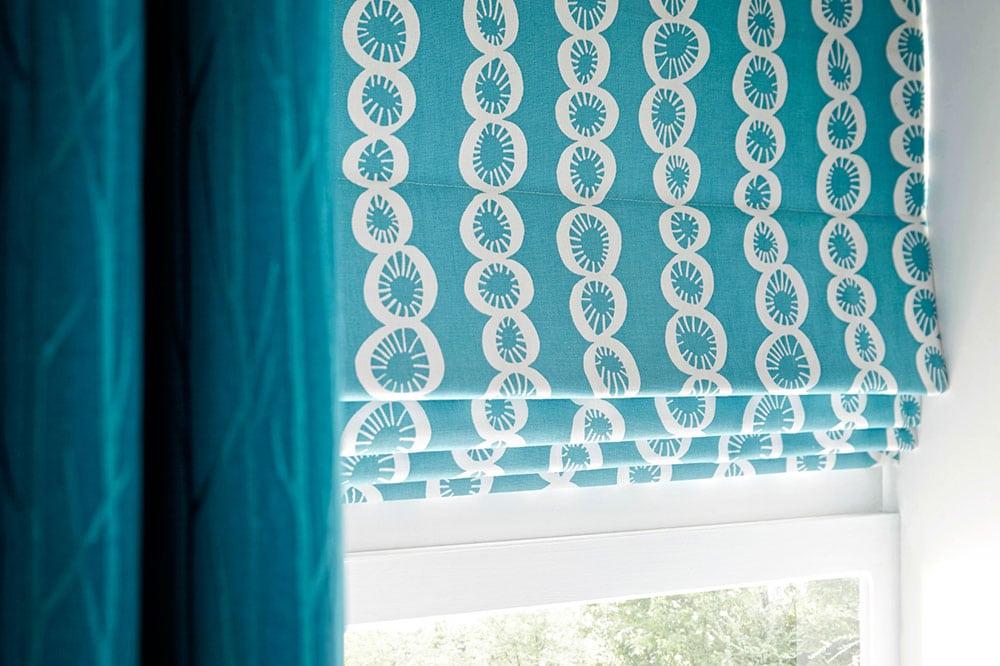 Римские шторы или рулонные шторы что лучше