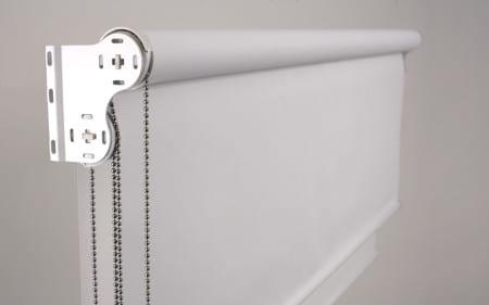 Для чего нужны рулонные шторы. Преимущества перед другими видами солнцезащитных изделий