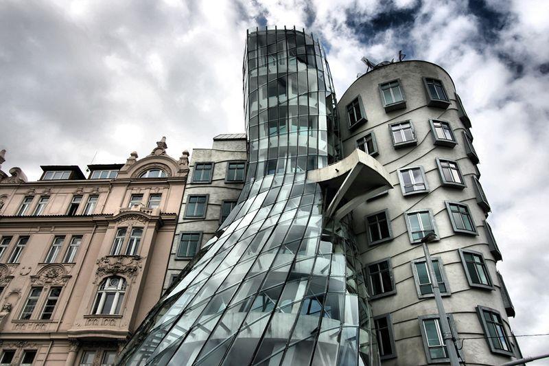 Танцующие башни в Праге