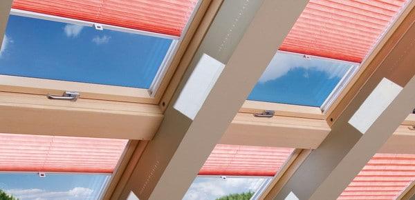 защитить мансардные помещения от солнца